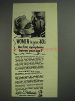 1945 Lydia E. Pinkham's Compound Ad - Women in 40's