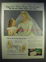 1943 Camay Soap Ad - Happy Heart Radiant Beauty!