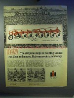 1967 IH 700 Semi-mounted Steerable Plow Ad