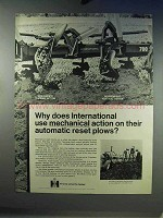 1968 International Harvester 700 Semi-mounted Plow Ad