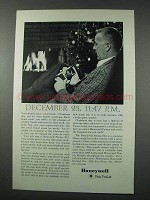 1961 Honeywell Pentax H-3 Camera Ad - December 25