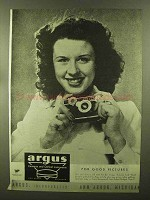1944 Argus Cameras Ad - For Good Pictures