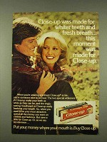 1976 Close-Up Toothpaste Ad - For Whiter Teeth