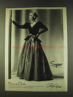 1979 Oscar de la Renta Fashion Ad - Simpsons Toronto