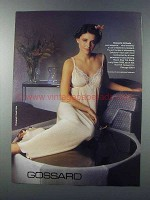 1981 Gossard Long Gown 5086 Ad - Romantic Attitude
