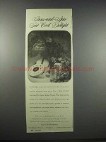 1943 Old Spice Toilet Water and Dusting Powder Ad