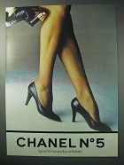 1986 Chanel No. 5 Perfume Ad - Spray Parfum