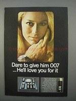 1966 Colgate-Palmolive 007 Gift Set Ad - Dare To Give