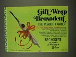 1973 Squibb Broxodent Automatic Action Toothbrush Ad