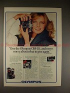 1981 Olympus OM-10 OM10 Camera Ad with Cheryl Tiegs!!